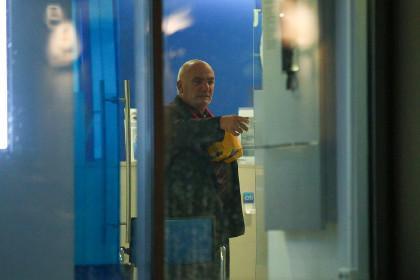 Мужчина, захвативший банк вцентральной части Москвы, сдался