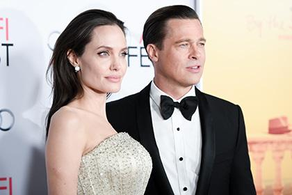 Джоли обвинила Питта вприступах ярости иупотреблении наркотиков
