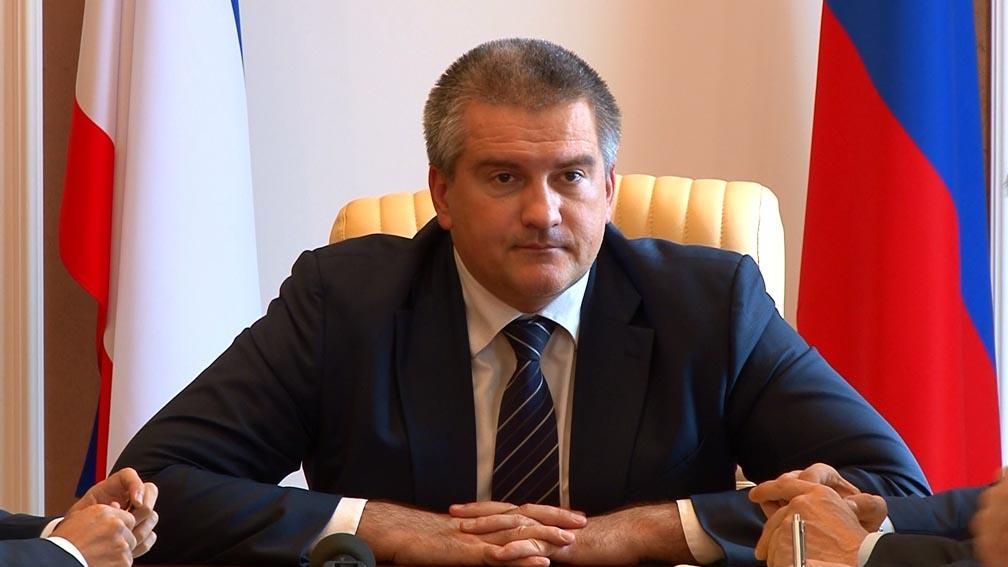 Российская Федерация подтянула танки и«Грады» кХерсонской области— Кива