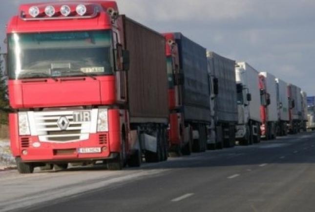 Вконце сентября откроют движение поКрымскому мосту для большегрузов