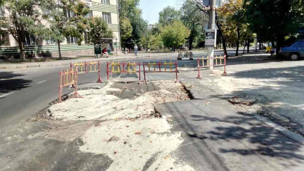 Фото новости - Дороги требуют ремонта