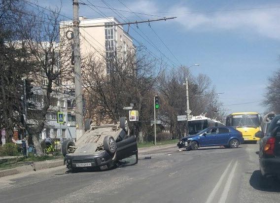 Джип Ford Explorer для Российской Федерации обновился истал дешевле