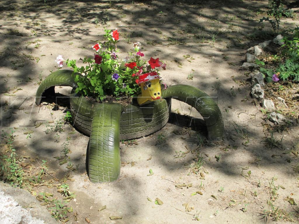 Как сделать декорация двора