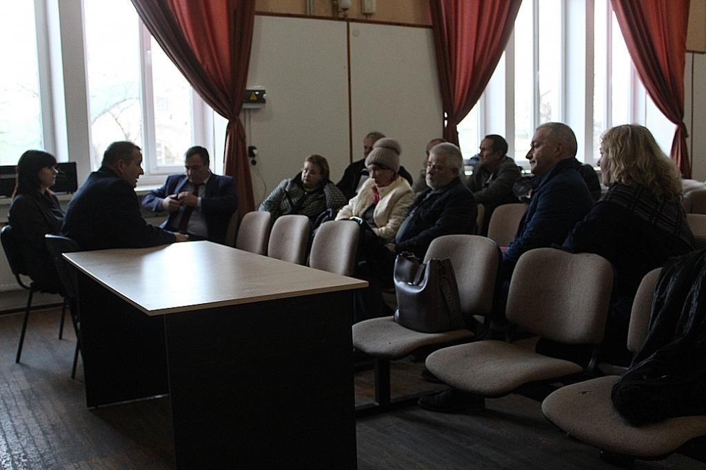 Фото новости - Феодосийские слушания по программе благоустройства не удались, но общение состоялось