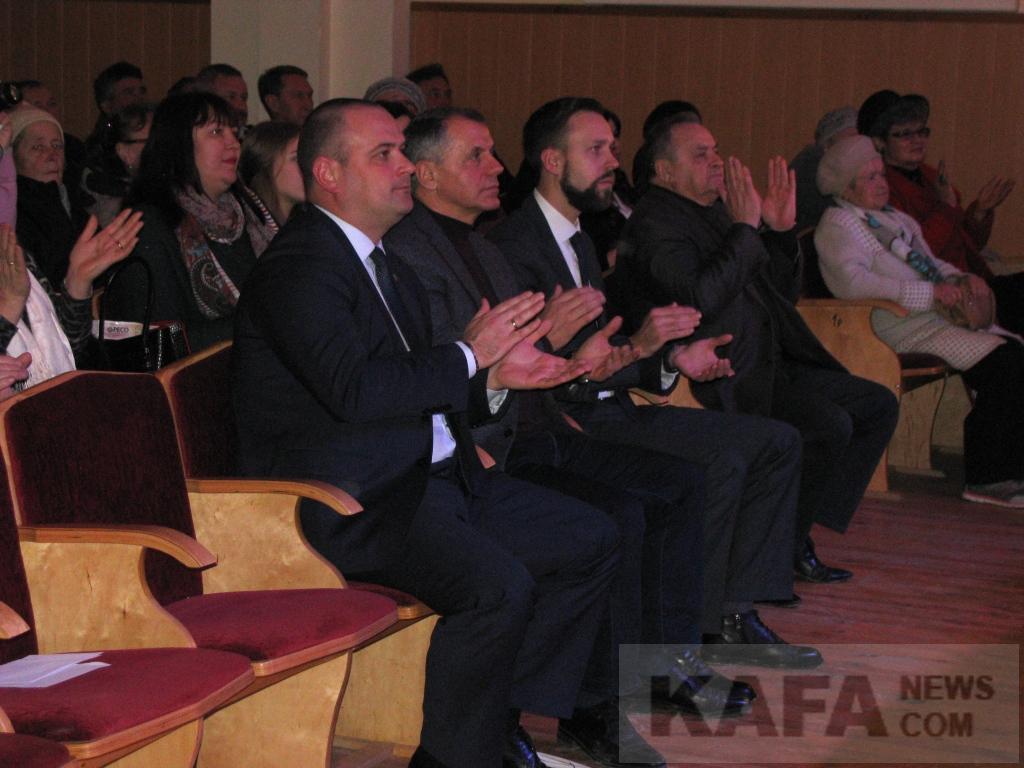 Фото новости - Феодосию посетил Председатель Госсовета Крыма Владимир Константинов(фоторепортаж)