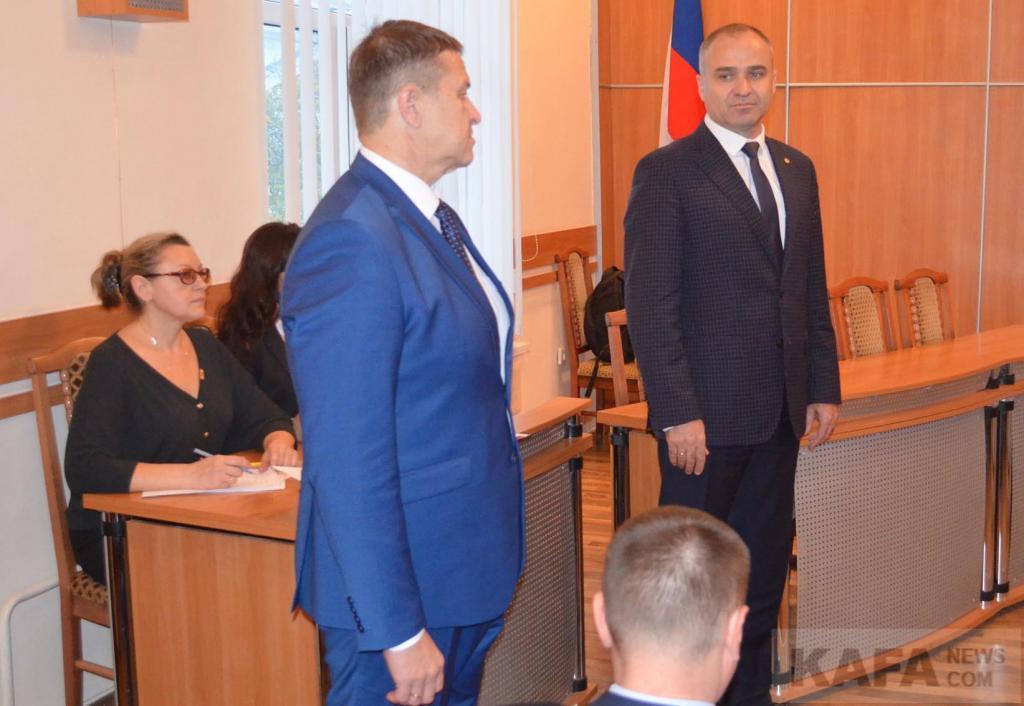 ВКрыму депутата задержали при получении взятки в200 тыс. руб.