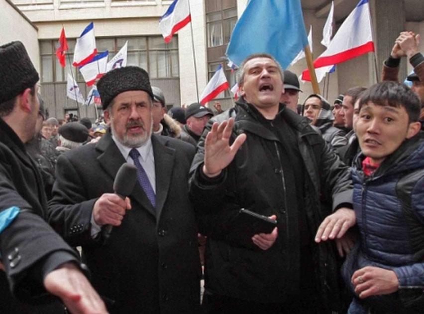 Руководителя Крыма Аксенова допросили поделу обеспорядках вСимферополе
