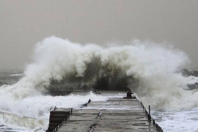 Керченская переправа остановила работу из-за нехороших погодных условий