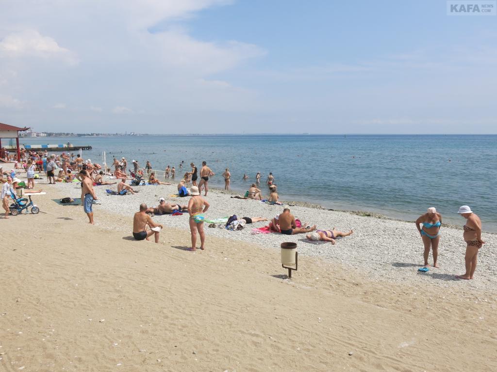 Крым с начала года принял почти миллион туристов