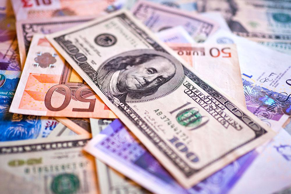 В РФ резко падает курс рубля кевро идоллару