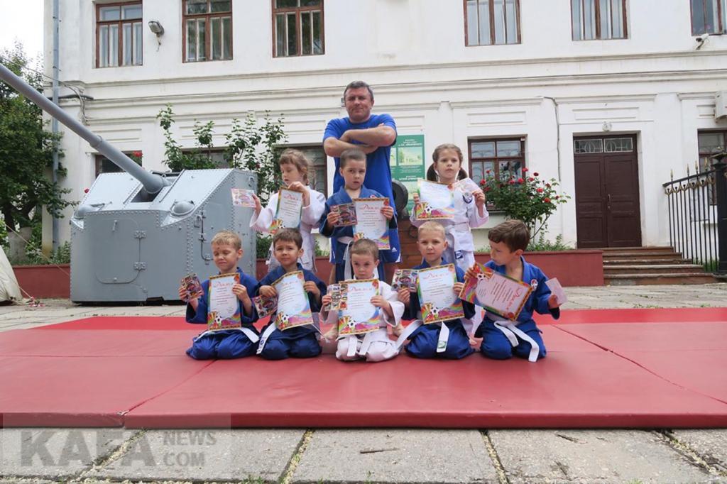 Фото новости - Маленькие дзюдоисты Феодосии(фоторепортаж)