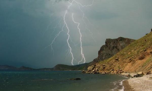 Непогода обрушится наКрым во 2-ой половине дня