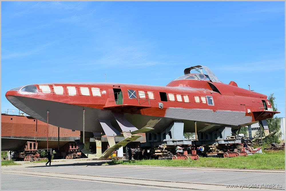 Феодосийский завод «Море» и русский «Вымпел» построят серию судов наподводных крыльях