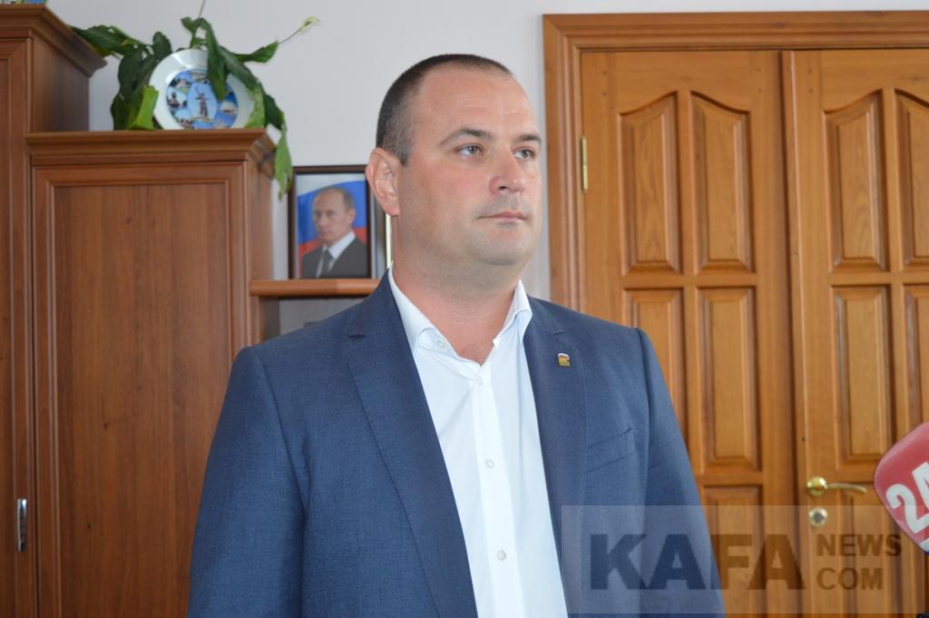 Фото - Новым главой Феодосийского округа стал Владимир Титаренко