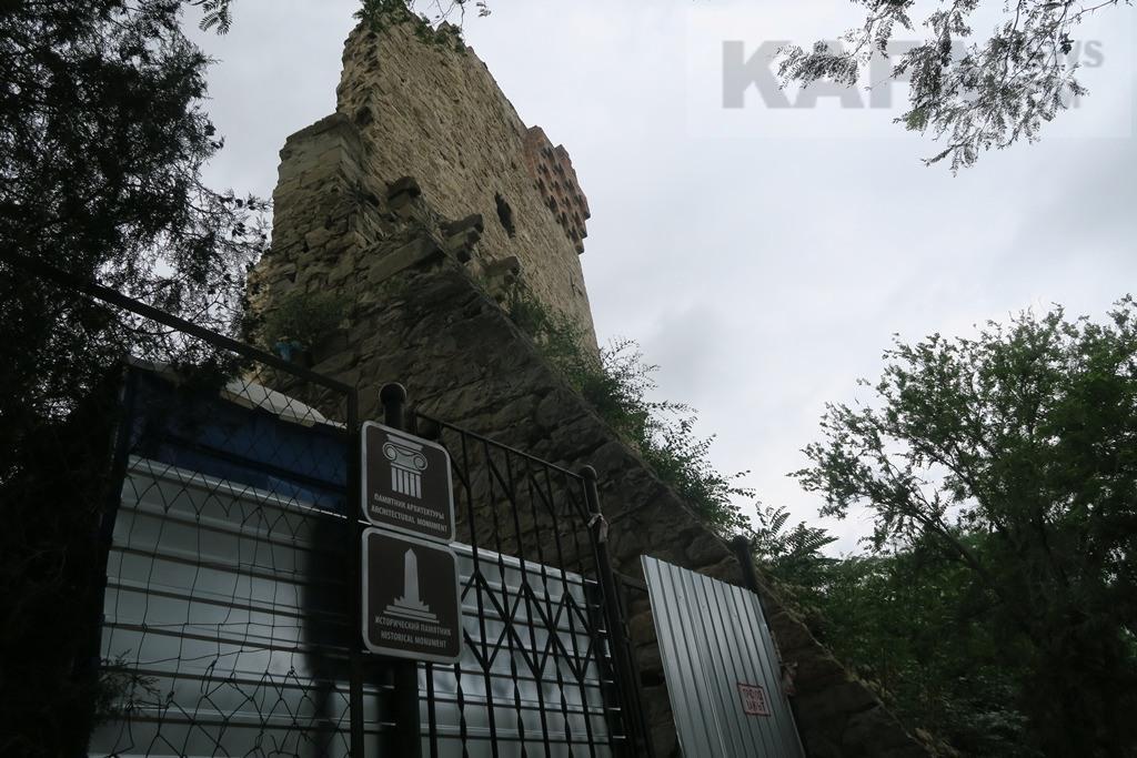 Фото новости - Противоаварийные работы на башне Константина идут своим чередом(фоторепортаж)