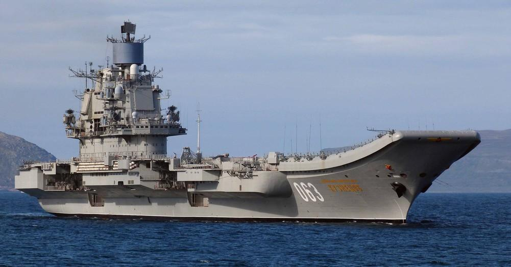 Наремонт и модификацию «Адмирала Кузнецова» выделят до50 млрд руб.