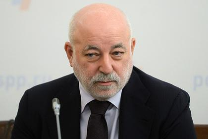 Российского олигарха оставили без денег из-за санкций