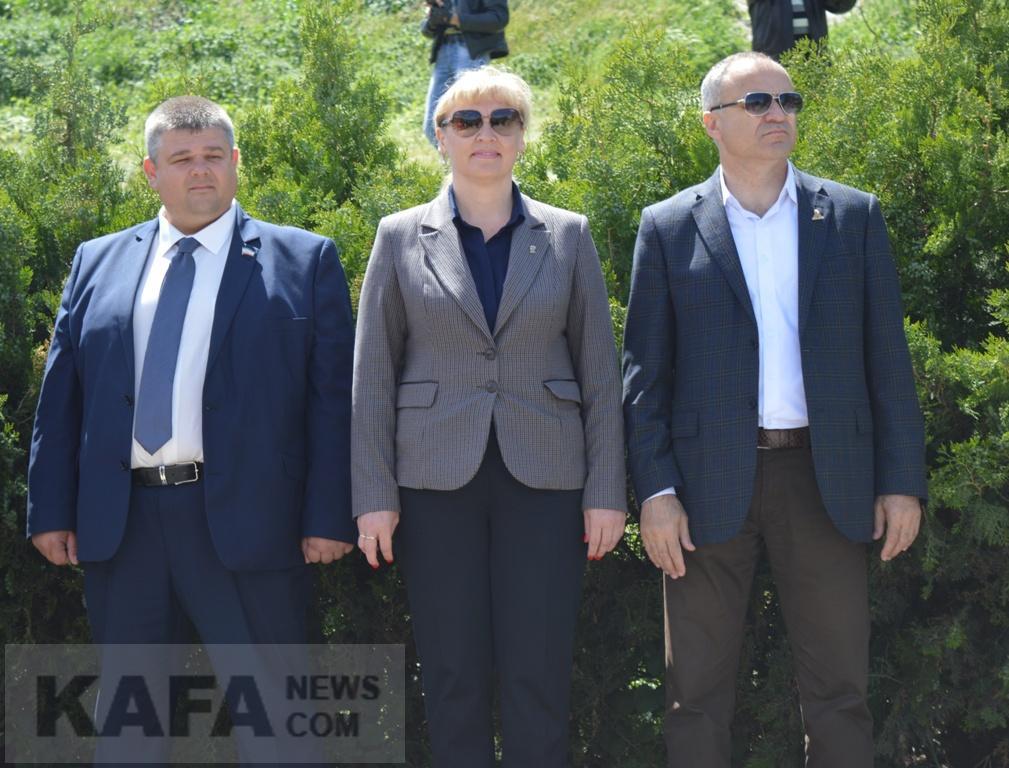 Фото новости - Сколько денег заработали руководители Феодосии?