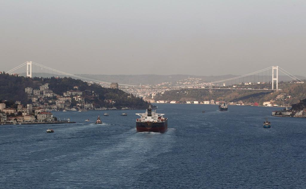 Турция блокирует поставки русской нефти через Босфор