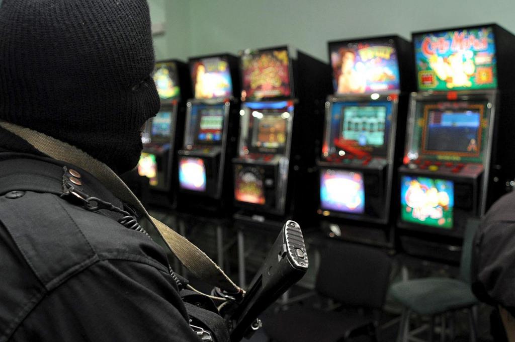 Игровые аппараты уголовная ответственность для работника игровые автоматы в интерн
