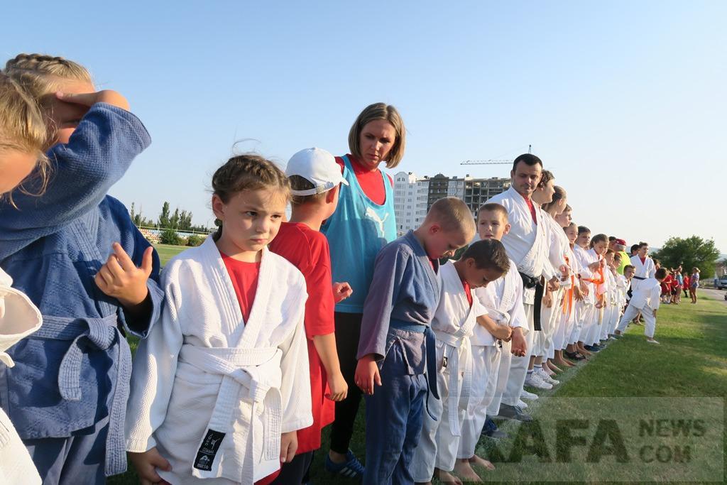 Фото новости - В Феодосии отметили День физкультурника (видео)(фоторепортаж)