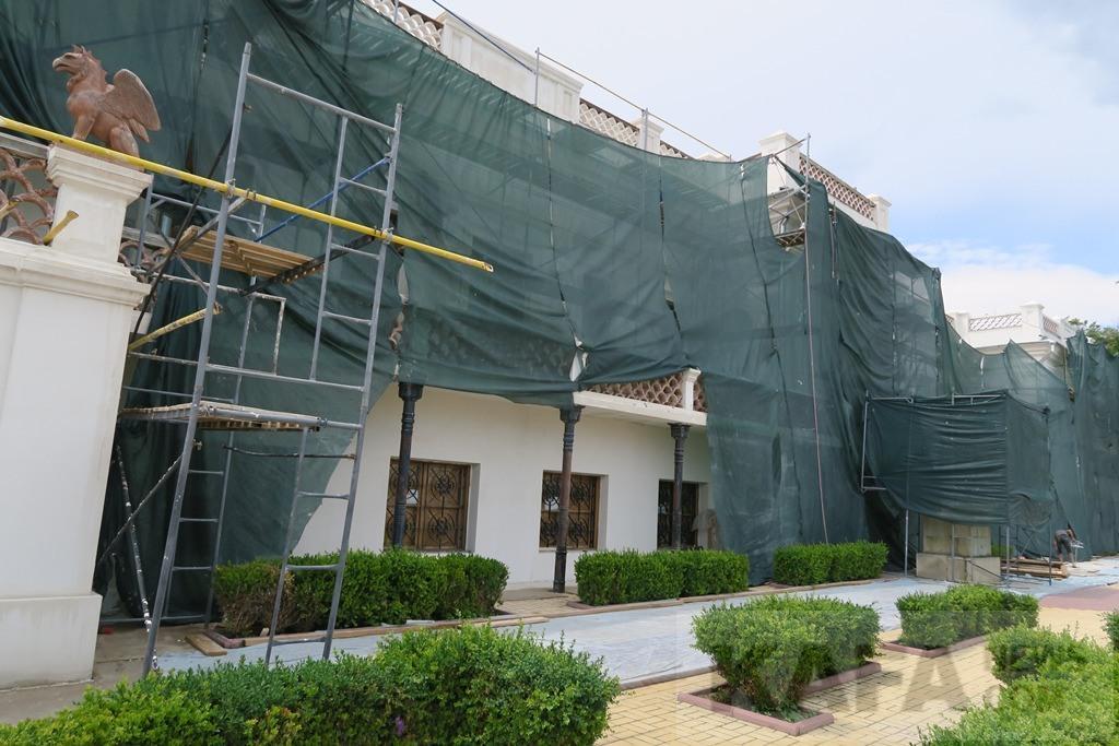 Фото новости - В Феодосии ремонт галереи Айвазовского скоро закончится(фоторепортаж)