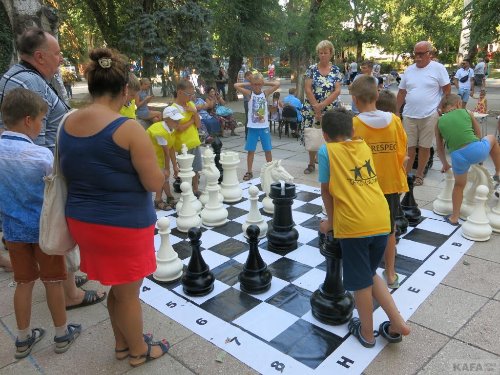 Фото новости - В Феодосии сегодня  прошел детский шахматный турнир(фоторепортаж)