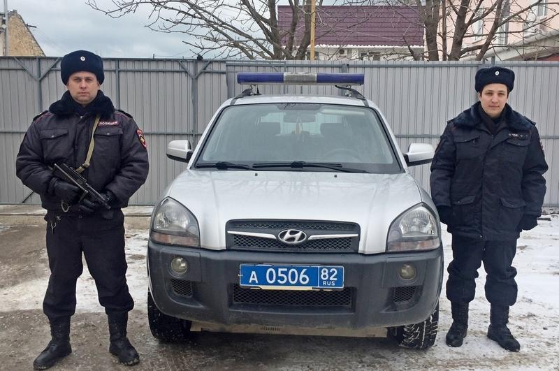 Фото новости - В Феодосии сотрудники вневедомственной охраны Росгвардии предотвратили взрыв бензоколонки на АЗС