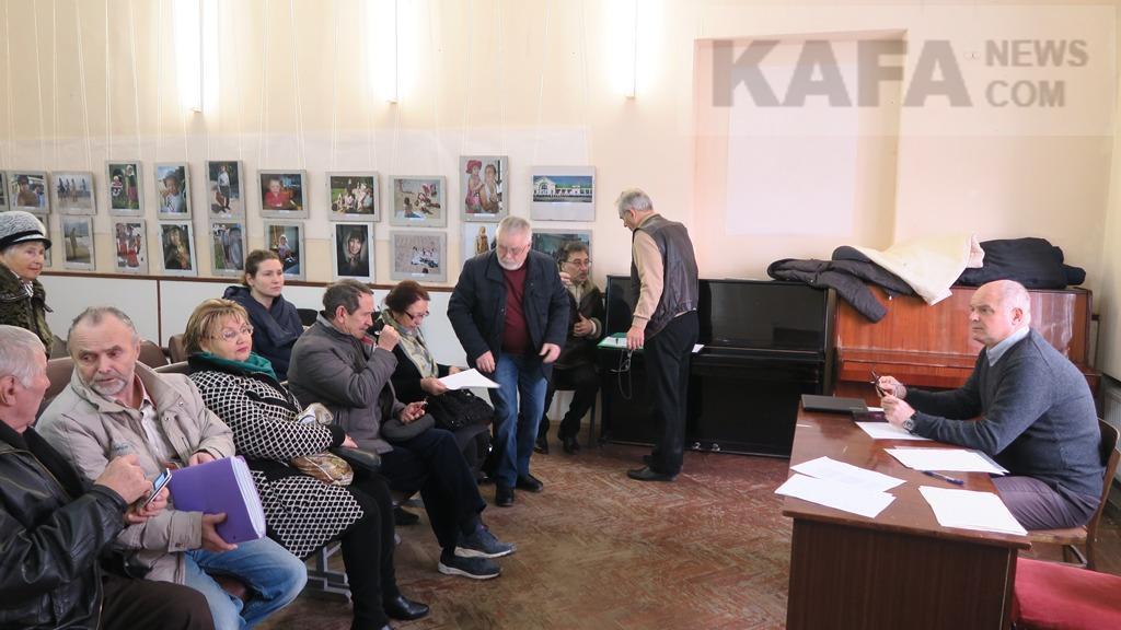 Фото новости - В Феодосии создана Ассоциация активистов многоквартирных домов(фоторепортаж)