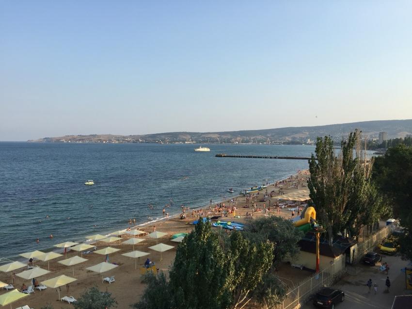 Черноморское фото пляжей и набережной