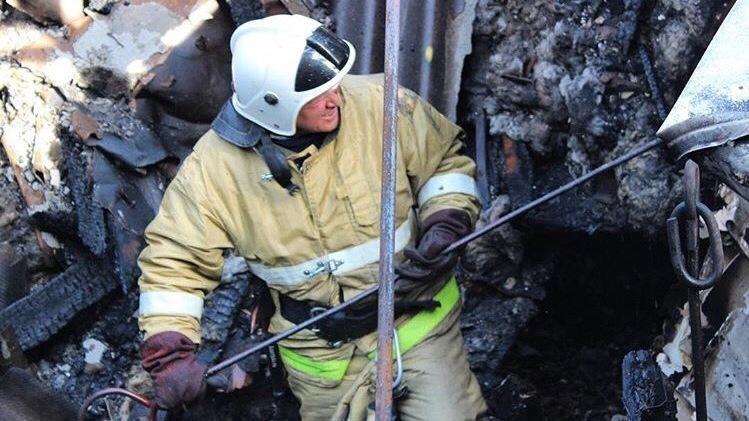 Фото новости - В Коктебеле сегодня ночью случился пожар в частном домовладении