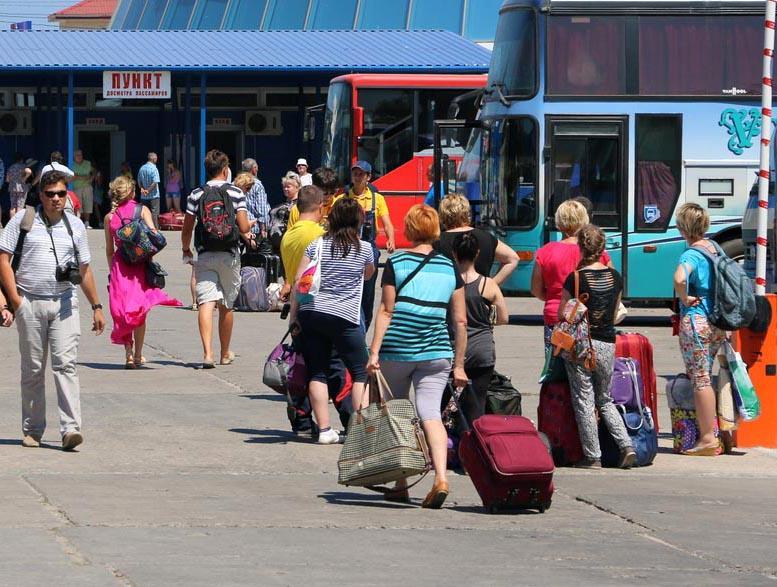 В Крыму с начала года отдохнуло более 3 млн туристов