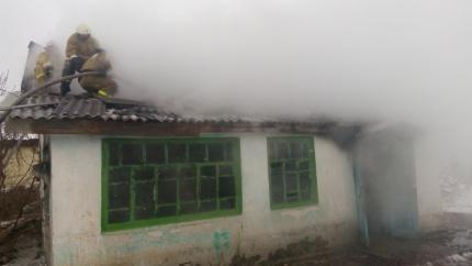 Крымчанин спас троих детей изгорящего дома