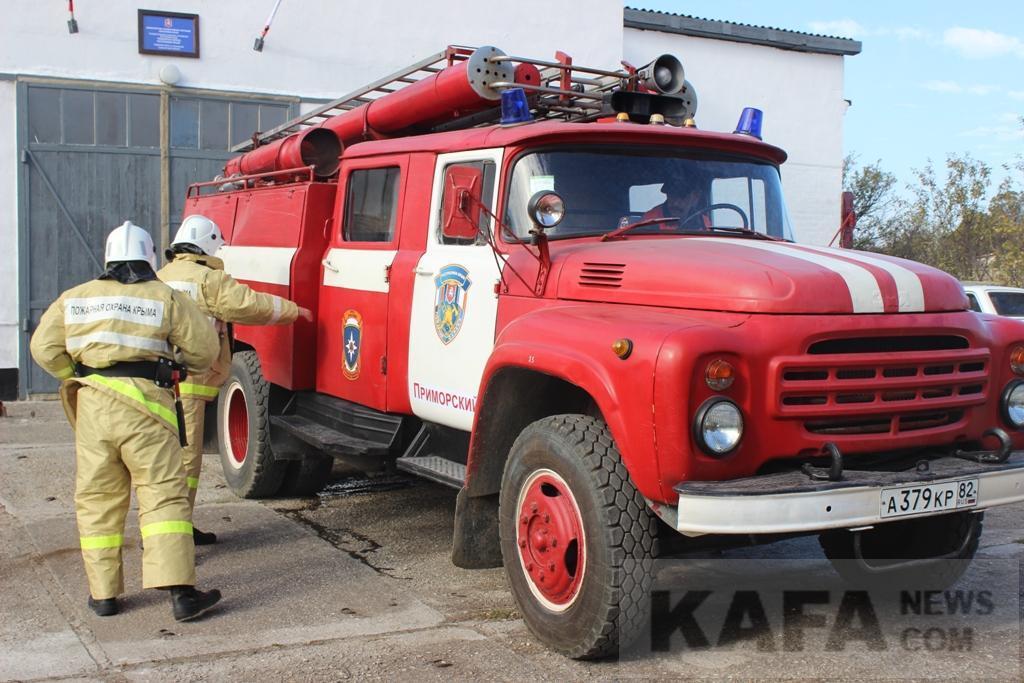 Фото новости - В Приморском произошел пожар в двухэтажном гараже