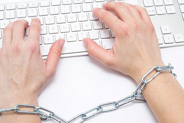 Спикер Государственной думы пообещал нетянуть сзаконом орегулировании социальных сетей