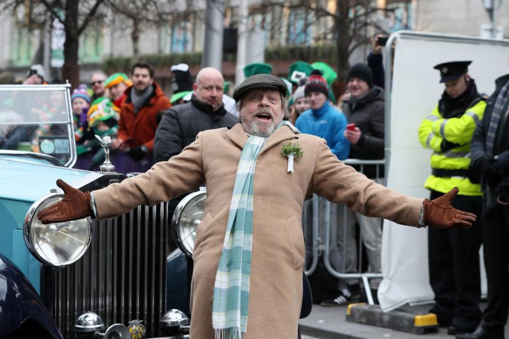 Зеленоватые человечки, танцы ипиво— как отмечают день Святого Патрика