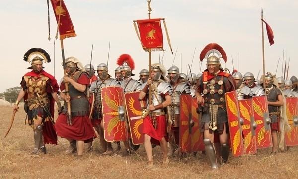 Около тысячи реконструкторов съедутся вКрым навоенно-исторический фестиваль