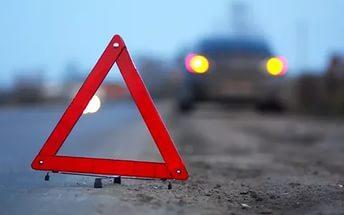 Фото новости - Вчера ночью в Щебетовке автомобиль врезался в автобус, трое пострадавших