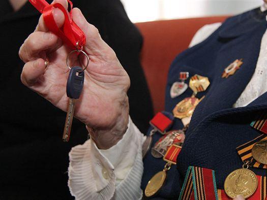 Заработок супруги руководителя Крыма загод вырос в10 раз