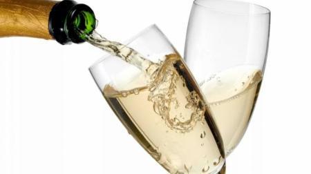 ВКрыму начали выпускать шампанское под маркой «Массандры»