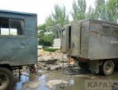 На центральной площади Феодосии активно устраняют порыв канализации:фоторепортаж
