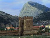 В Крыму в честь 120-летия спортивного туризма в Судаке установят скульптуру туристу