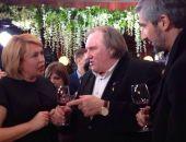 Жерар Депардье получил в подарок коллекционное вино крымской «Массандры»