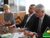 В Крыму территории Тихой и Лисьей бухт будут убирать феодосийские МУПы