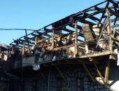 В Крыму сегодня горел дом в Ялте, полностью выгорело несколько квартир (фото)