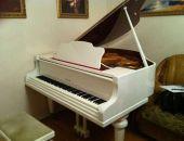 Для двух феодосийских музыкальных школ купят рояли:дополнено