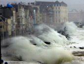 В Крыму 29-30 декабря ожидаются сильный дождь, снег, метель и очень сильный ветер, – МЧС