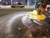 В Севастополе дороги начали обрабатывать «ядовитой» смесью