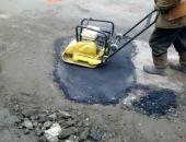 Власти столицы Крыма будут делать ямочный ремонт дорог и в холода, – для этого закупят спецтехнику