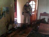 В Крыму сотрудники МЧС на пожаре в пятиэтажке в Керчи спасли двух человек (фото)